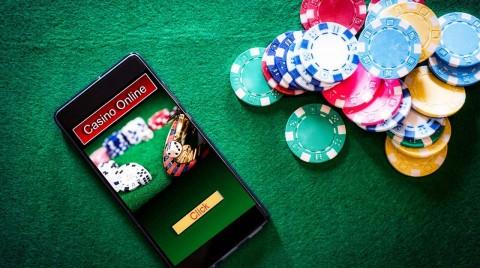 オンラインカジノ詐欺を回避し、安全にプレイするための最高のヒントとコツ